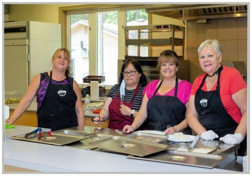 staff-in-the-kitchen